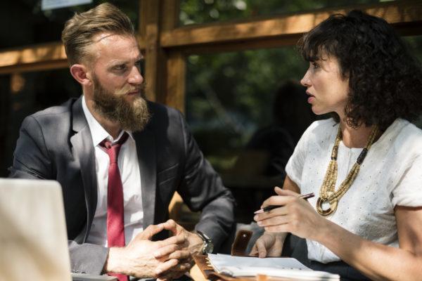 Zuhören meistern – besser kommunizieren (E-Mail-Kurs)